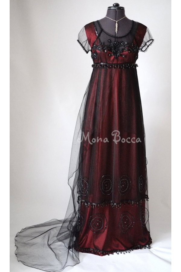 Titanic Jump dress with train
